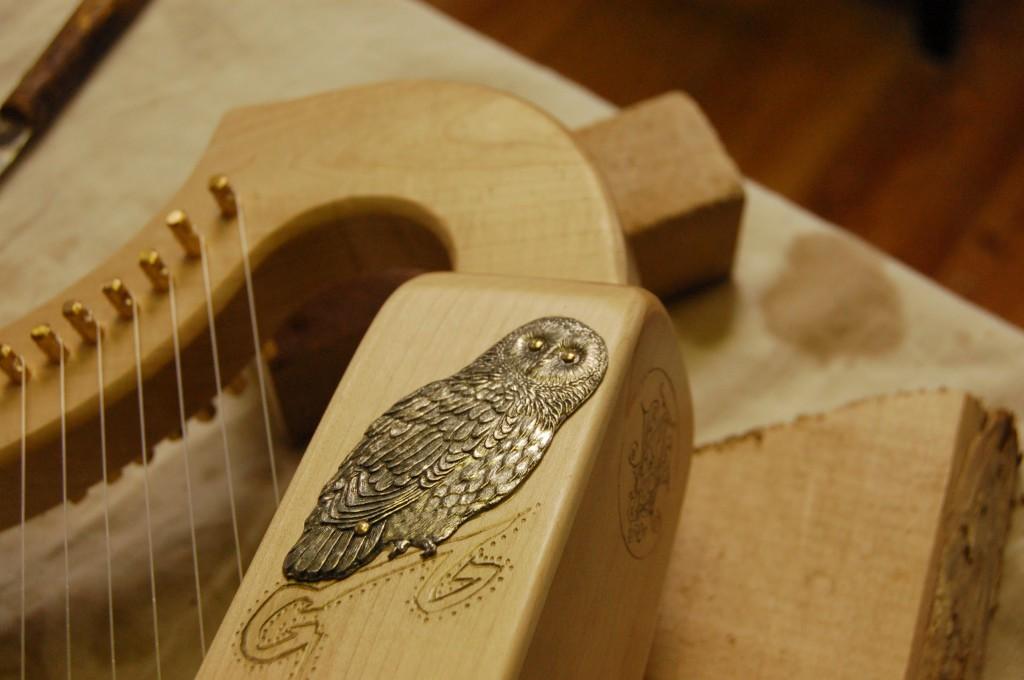 Décoration harpe médievale